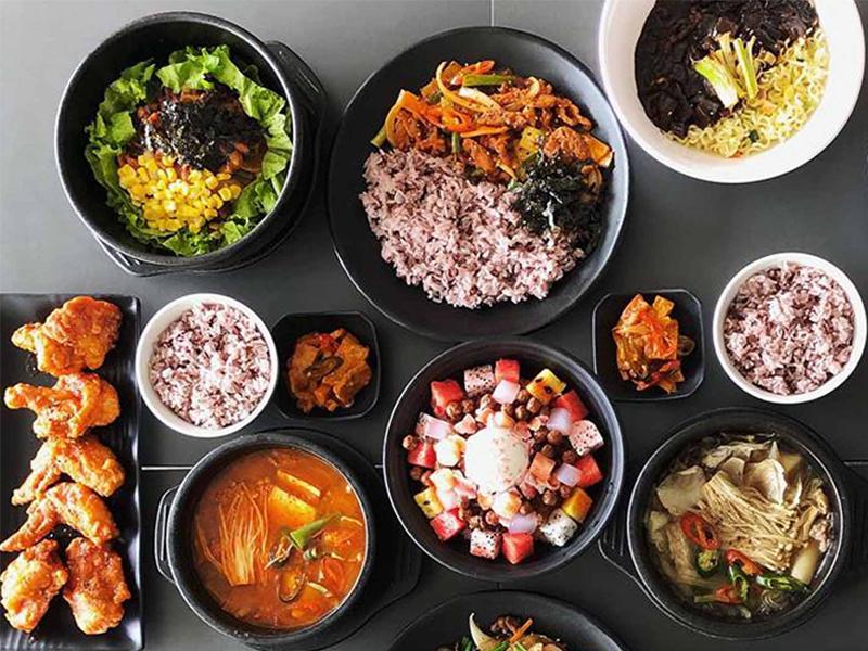 Hanuri sử dụng gạo ngũ cốc đặc trưng vừa tốt cho sức khỏe vừa dễ ăn.