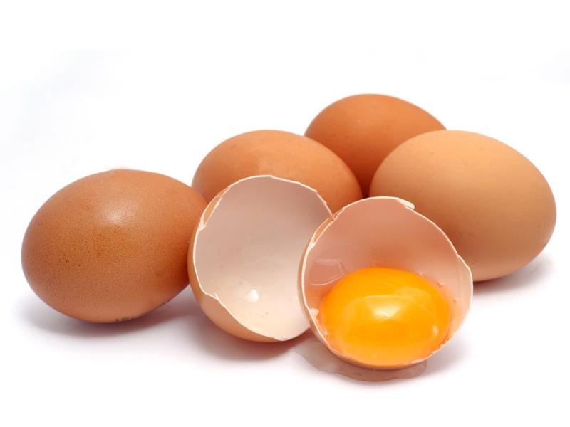 Trứng gà chứa nhiều chất dinh dưỡng và là nguồn protein phong phú.