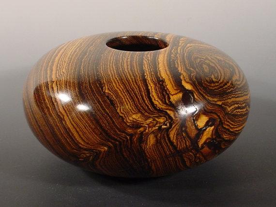 Vật trang trí làm từ gỗ Bocote