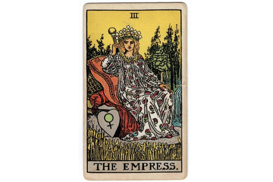 Lá bài The Empress trong Tarot theo chuẩn Rider Waite Smith