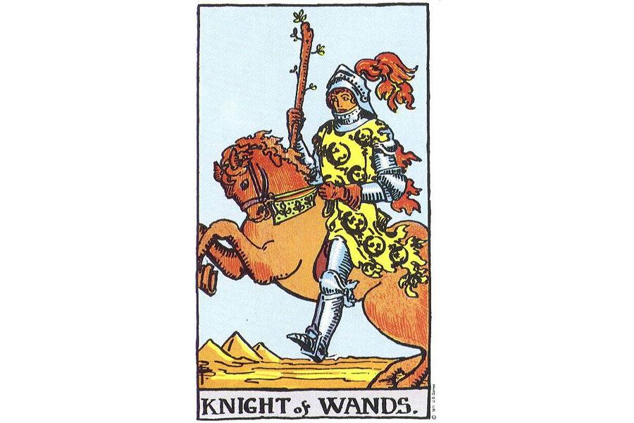 Lá bài Knight Of Wands trong Tarot theo chuẩn Rider Waite Smith