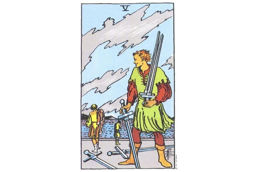 Ý nghĩa lá bài Five Of Swords trong Tarot theo chuẩn Rider Waite Smith 10