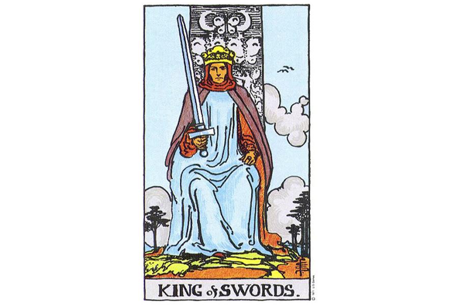 Lá bài King Of Swords trong Tarot theo chuẩn Rider Waite Smith