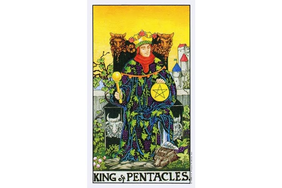 Lá bài King Of Pentacles trong Tarot theo chuẩn Rider Waite Smith