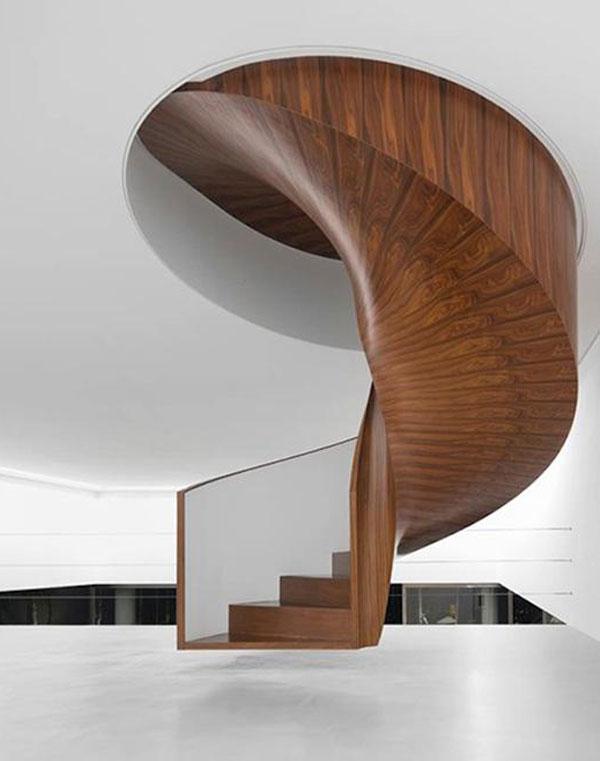 Mẫu cầu thang xoắn ốc gỗ cao cấp
