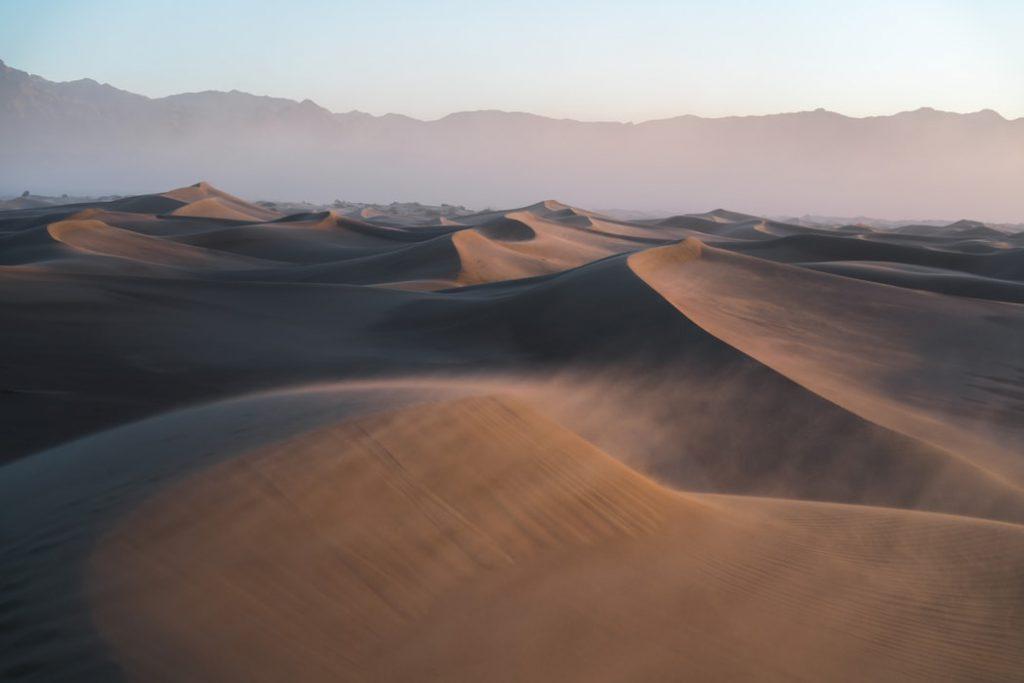 Hình nền về núi đồi sa mạc nhìn cực chất (kích thước lớn 1950x1300)