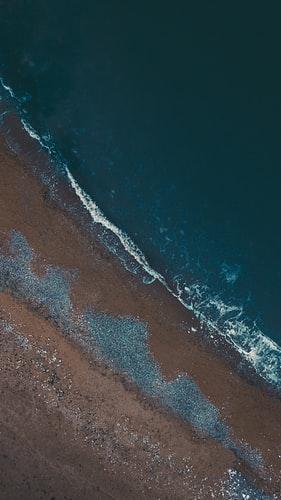 Hình nền bờ biển cực ngầu dành cho iPhone 11