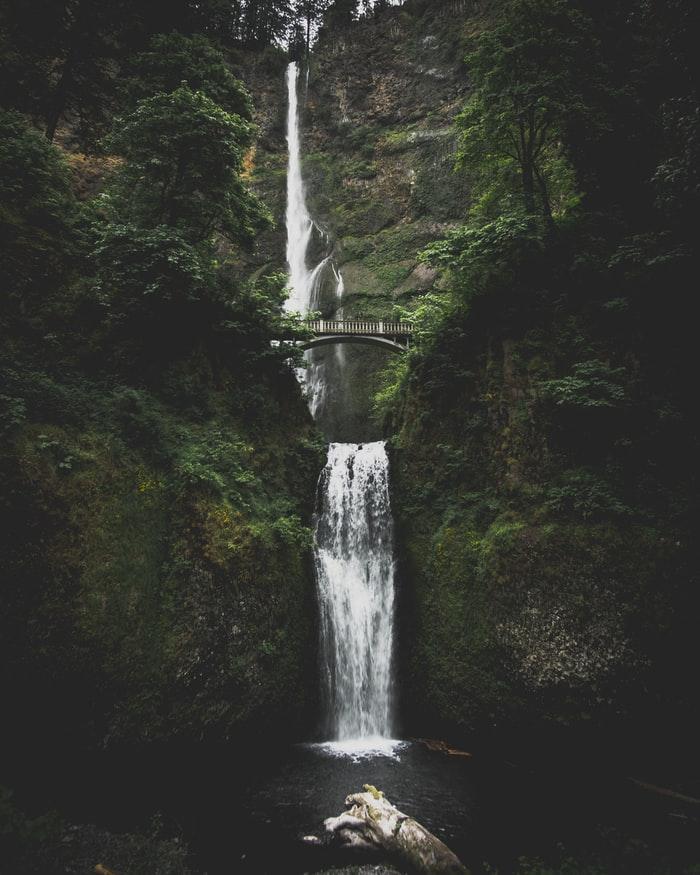 Hình nền iPhone 7, iPhone 7S, iPhone 7 Plus về thác nước hùng vĩ