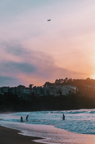 Hình nền bờ biển đẹp vào buổi chiều dành cho iPhone