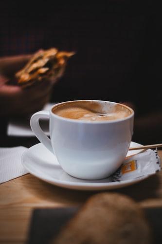 Hình nền ly cafe đẹp dành cho iPhone X