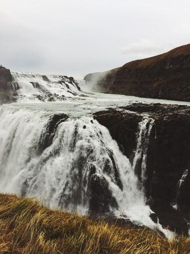 Hình nền thác nước dành cho iPhone X